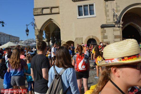 sdm friday krakow2016 swiatowe dni mlodziezy 11 585x389 - Galeria zdjęć (Piątek) Światowe Dni Młodzieży w Krakowie