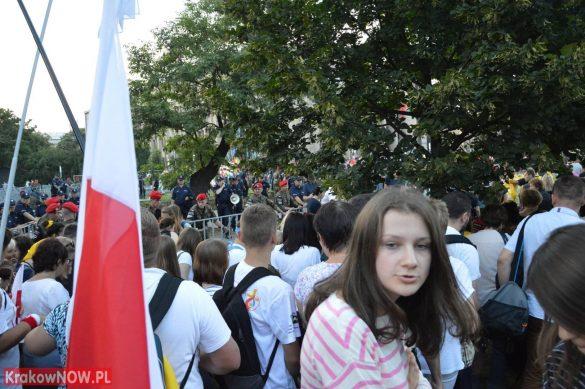 sdm friday krakow2016 swiatowe dni mlodziezy 124 585x389 - Galeria zdjęć (Piątek) Światowe Dni Młodzieży w Krakowie