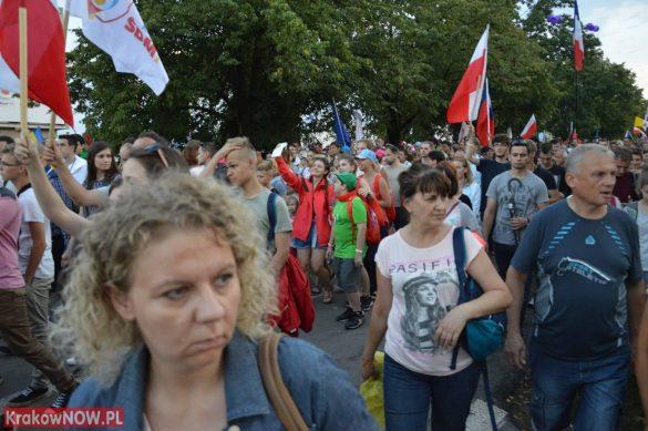 sdm friday krakow2016 swiatowe dni mlodziezy 125 585x389 - Galeria zdjęć (Piątek) Światowe Dni Młodzieży w Krakowie