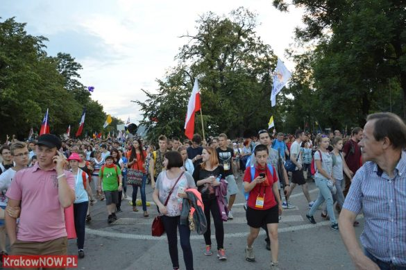 sdm friday krakow2016 swiatowe dni mlodziezy 130 585x389 - Galeria zdjęć (Piątek) Światowe Dni Młodzieży w Krakowie