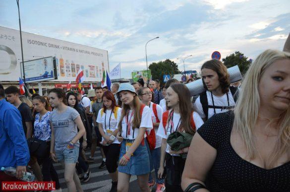sdm friday krakow2016 swiatowe dni mlodziezy 135 585x389 - Galeria zdjęć (Piątek) Światowe Dni Młodzieży w Krakowie