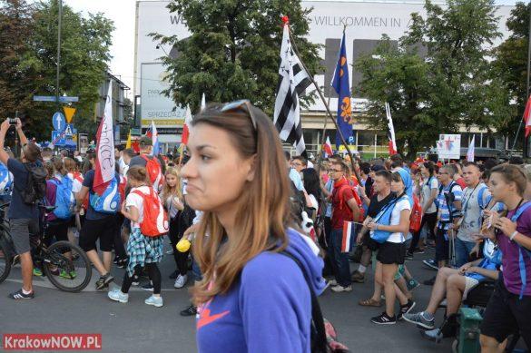 sdm friday krakow2016 swiatowe dni mlodziezy 138 585x389 - Galeria zdjęć (Piątek) Światowe Dni Młodzieży w Krakowie