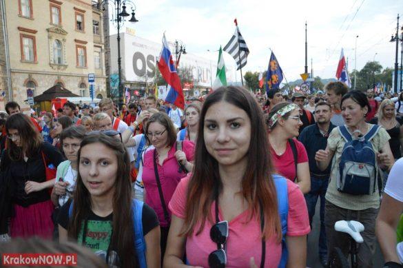 sdm friday krakow2016 swiatowe dni mlodziezy 143 585x389 - Galeria zdjęć (Piątek) Światowe Dni Młodzieży w Krakowie
