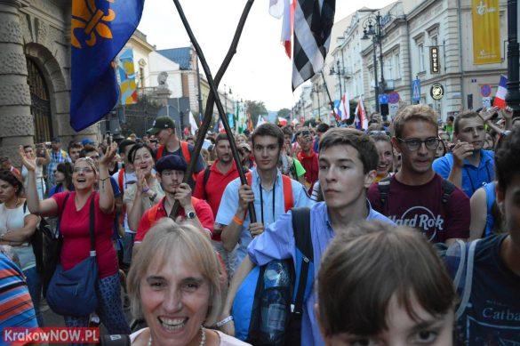 sdm friday krakow2016 swiatowe dni mlodziezy 154 585x389 - Galeria zdjęć (Piątek) Światowe Dni Młodzieży w Krakowie