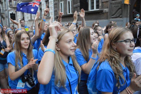 sdm friday krakow2016 swiatowe dni mlodziezy 159 585x389 - Galeria zdjęć (Piątek) Światowe Dni Młodzieży w Krakowie
