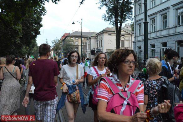 sdm friday krakow2016 swiatowe dni mlodziezy 166 585x389 - Galeria zdjęć (Piątek) Światowe Dni Młodzieży w Krakowie