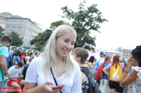 sdm friday krakow2016 swiatowe dni mlodziezy 181 585x389 - Galeria zdjęć (Piątek) Światowe Dni Młodzieży w Krakowie