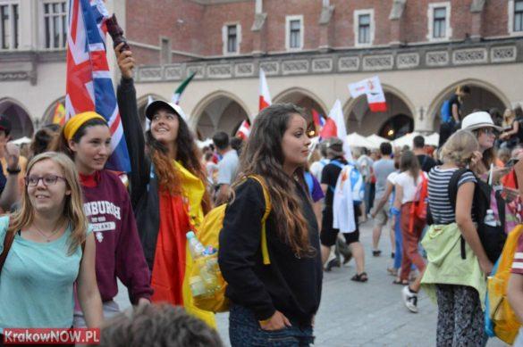 sdm friday krakow2016 swiatowe dni mlodziezy 188 585x389 - Galeria zdjęć (Piątek) Światowe Dni Młodzieży w Krakowie