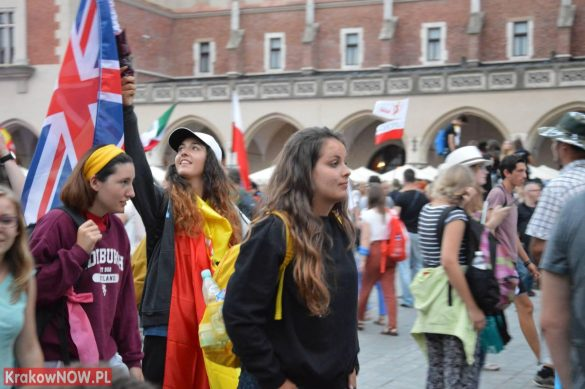 sdm friday krakow2016 swiatowe dni mlodziezy 189 585x389 - Galeria zdjęć (Piątek) Światowe Dni Młodzieży w Krakowie