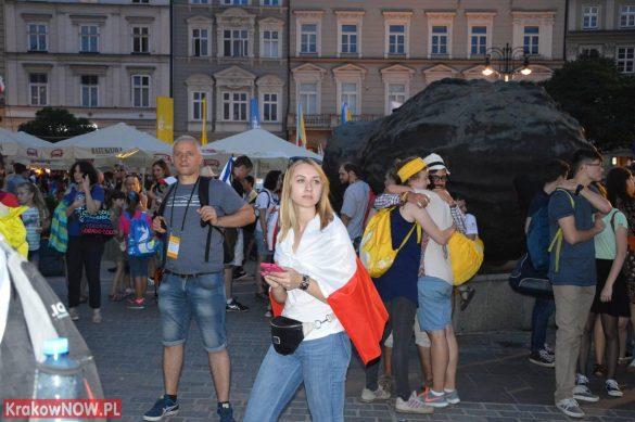 sdm friday krakow2016 swiatowe dni mlodziezy 197 585x389 - Galeria zdjęć (Piątek) Światowe Dni Młodzieży w Krakowie