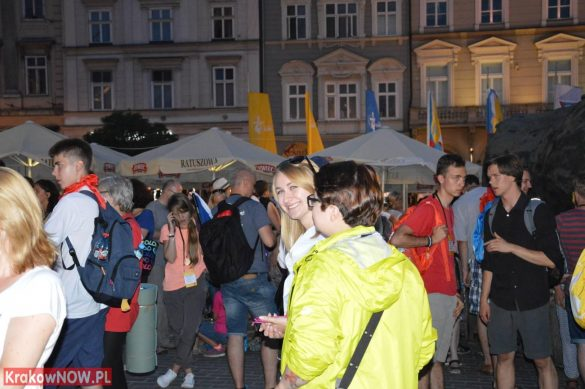 sdm friday krakow2016 swiatowe dni mlodziezy 199 585x389 - Galeria zdjęć (Piątek) Światowe Dni Młodzieży w Krakowie