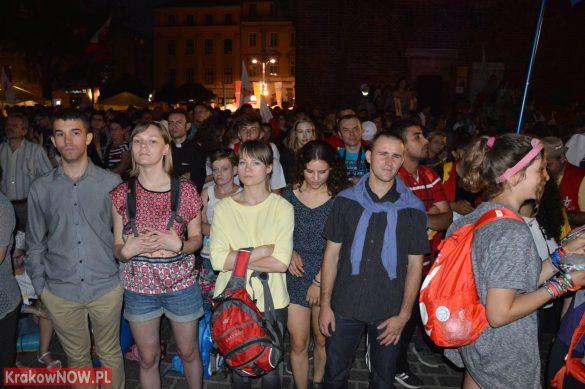 sdm friday krakow2016 swiatowe dni mlodziezy 207 585x389 - Galeria zdjęć (Piątek) Światowe Dni Młodzieży w Krakowie