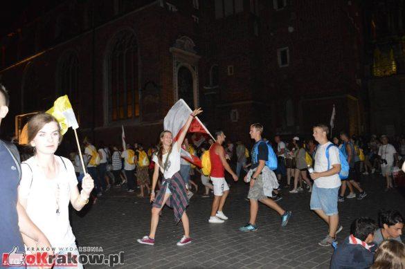 sdm friday krakow2016 swiatowe dni mlodziezy 219 585x389 - Galeria zdjęć (Piątek) Światowe Dni Młodzieży w Krakowie