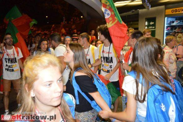 sdm friday krakow2016 swiatowe dni mlodziezy 222 585x389 - Galeria zdjęć (Piątek) Światowe Dni Młodzieży w Krakowie