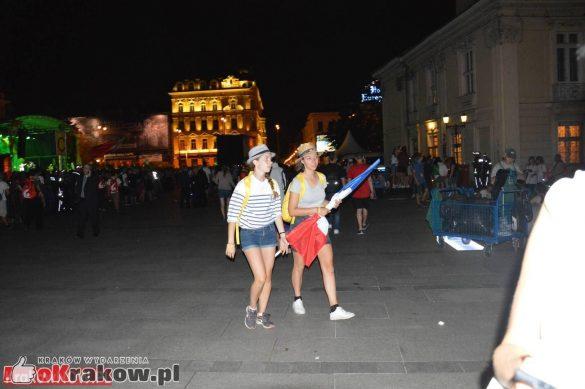 sdm friday krakow2016 swiatowe dni mlodziezy 226 585x389 - Galeria zdjęć (Piątek) Światowe Dni Młodzieży w Krakowie