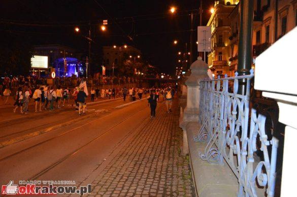 sdm friday krakow2016 swiatowe dni mlodziezy 228 585x389 - Galeria zdjęć (Piątek) Światowe Dni Młodzieży w Krakowie