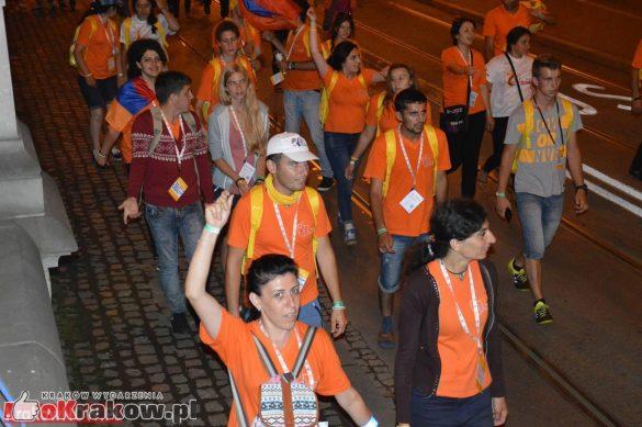 sdm friday krakow2016 swiatowe dni mlodziezy 233 585x389 - Galeria zdjęć (Piątek) Światowe Dni Młodzieży w Krakowie