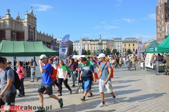 sdm friday krakow2016 swiatowe dni mlodziezy 4 585x389 - Galeria zdjęć (Piątek) Światowe Dni Młodzieży w Krakowie