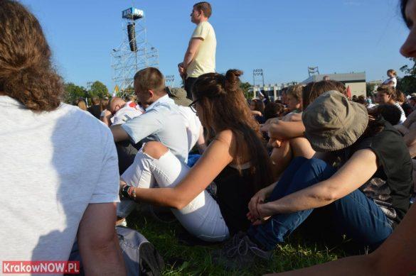 sdm friday krakow2016 swiatowe dni mlodziezy 46 585x389 - Galeria zdjęć (Piątek) Światowe Dni Młodzieży w Krakowie