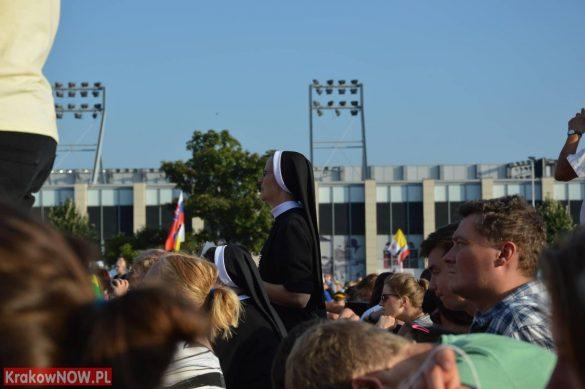 sdm friday krakow2016 swiatowe dni mlodziezy 50 585x389 - Galeria zdjęć (Piątek) Światowe Dni Młodzieży w Krakowie