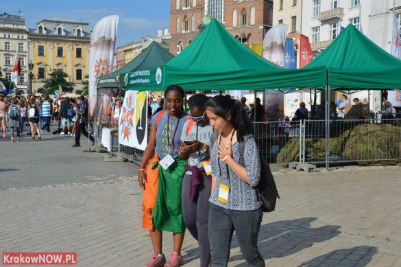 sdm friday krakow2016 swiatowe dni mlodziezy 6 585x389 - Galeria zdjęć (Piątek) Światowe Dni Młodzieży w Krakowie