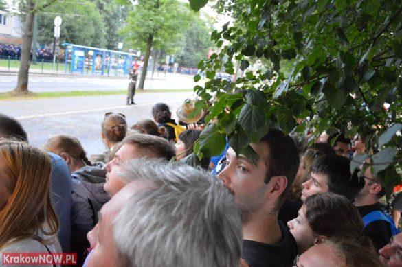 sdm friday krakow2016 swiatowe dni mlodziezy 71 585x389 - Galeria zdjęć (Piątek) Światowe Dni Młodzieży w Krakowie