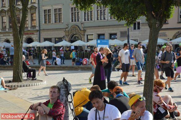 sdm friday krakow2016 swiatowe dni mlodziezy 8 585x389 - Galeria zdjęć (Piątek) Światowe Dni Młodzieży w Krakowie