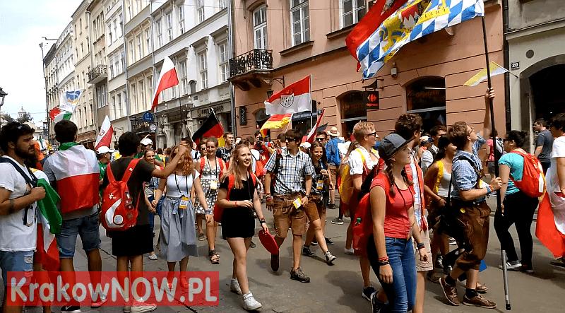sdm krakow grodzka 26 lipiec 2016 1 - Filmy - Światowe Dni Młodzieży ŚDM Kraków 2016, ul. Grodzka 26.07.2016