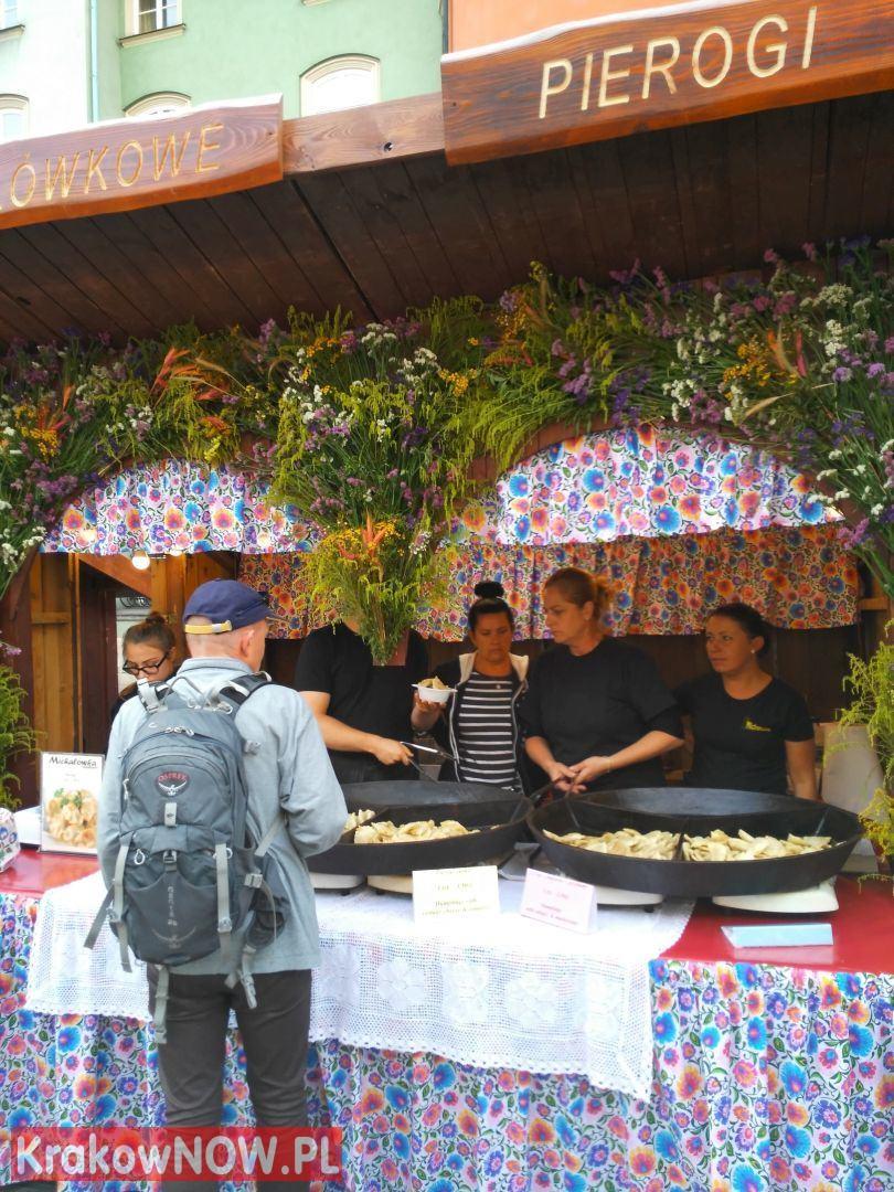 festiwal pierogow krakow maly rynek 10 150x150 - Zdjęcia z 14 Festiwalu Pierogów w Krakowie (czwartek)