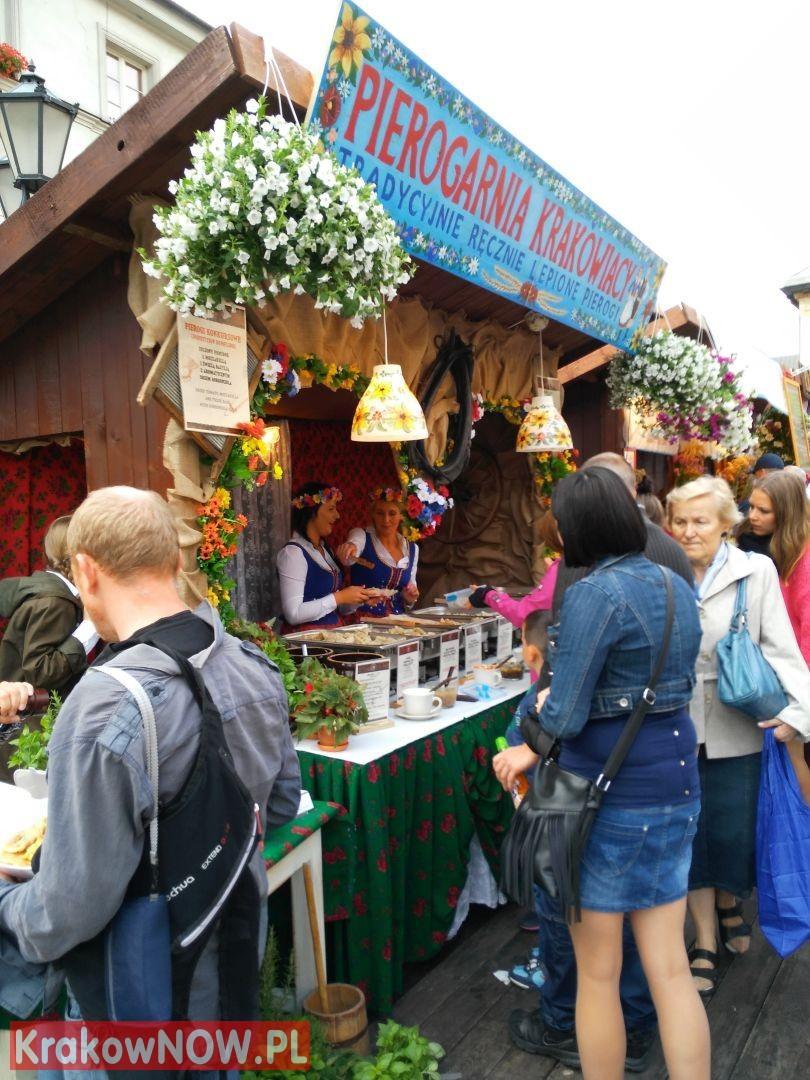 festiwal pierogow krakow maly rynek 15 150x150 - Zdjęcia z 14 Festiwalu Pierogów w Krakowie (czwartek)