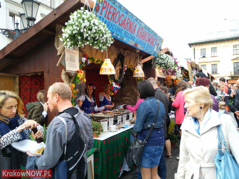 festiwal pierogow krakow maly rynek 16 150x150 - Zdjęcia z 14 Festiwalu Pierogów w Krakowie (czwartek)