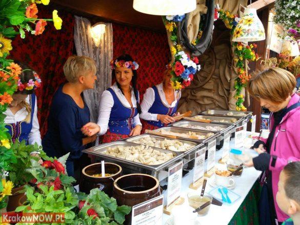 festiwal-pierogow-krakow-maly-rynek (17)