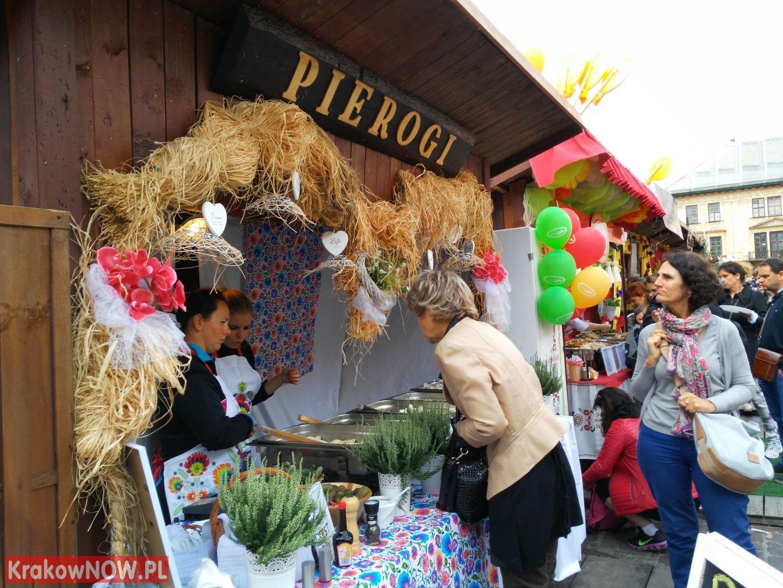 festiwal pierogow krakow maly rynek 2 150x150 - Zdjęcia z 14 Festiwalu Pierogów w Krakowie (czwartek)