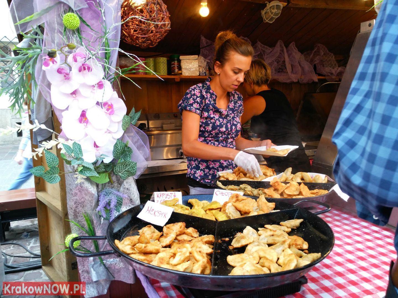 festiwal pierogow krakow maly rynek 23 150x150 - Zdjęcia z 14 Festiwalu Pierogów w Krakowie (czwartek)