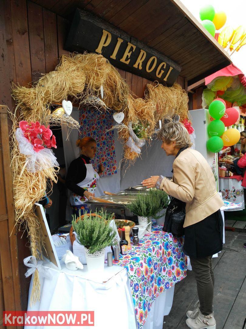 festiwal pierogow krakow maly rynek 3 150x150 - Zdjęcia z 14 Festiwalu Pierogów w Krakowie (czwartek)