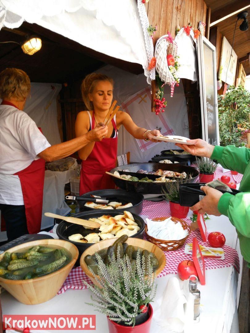 festiwal pierogow krakow maly rynek 31 150x150 - Zdjęcia z 14 Festiwalu Pierogów w Krakowie (czwartek)