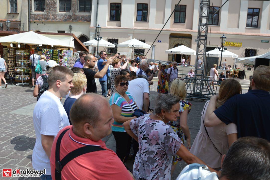 krakow swieto chleba plac wolnica maly rynek krakowski rynek2018 104 150x150 - Foto Galeria Kraków Niedziela 10.06.2018 - Plac Wolnica (Święto Chleba), Mały Rynek, Rynek Główny.