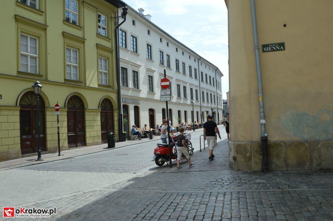 krakow swieto chleba plac wolnica maly rynek krakowski rynek2018 105 150x150 - Foto Galeria Kraków Niedziela 10.06.2018 - Plac Wolnica (Święto Chleba), Mały Rynek, Rynek Główny.