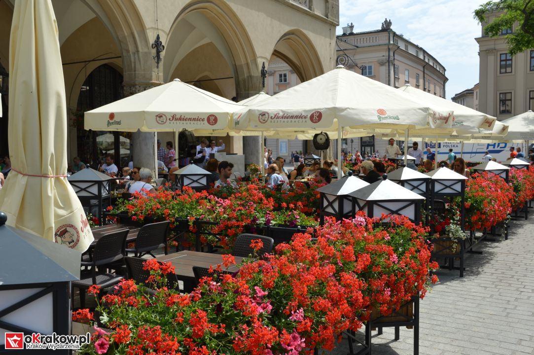 krakow swieto chleba plac wolnica maly rynek krakowski rynek2018 133 150x150 - Foto Galeria Kraków Niedziela 10.06.2018 - Plac Wolnica (Święto Chleba), Mały Rynek, Rynek Główny.