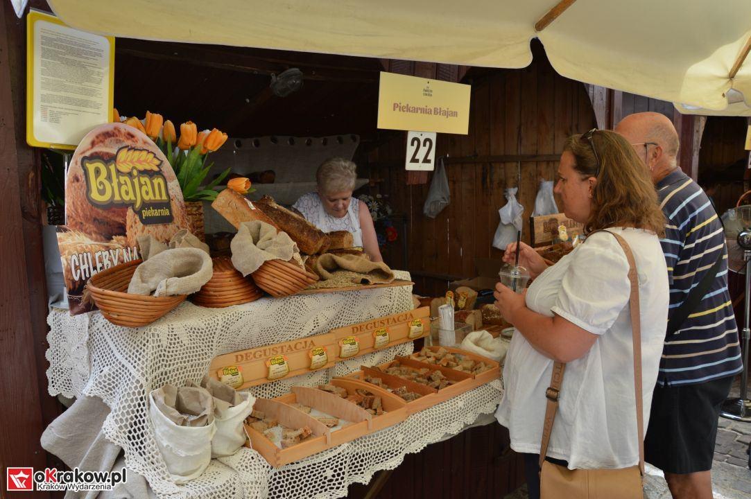 krakow swieto chleba plac wolnica maly rynek krakowski rynek2018 25 150x150 - Foto Galeria Kraków Niedziela 10.06.2018 - Plac Wolnica (Święto Chleba), Mały Rynek, Rynek Główny.