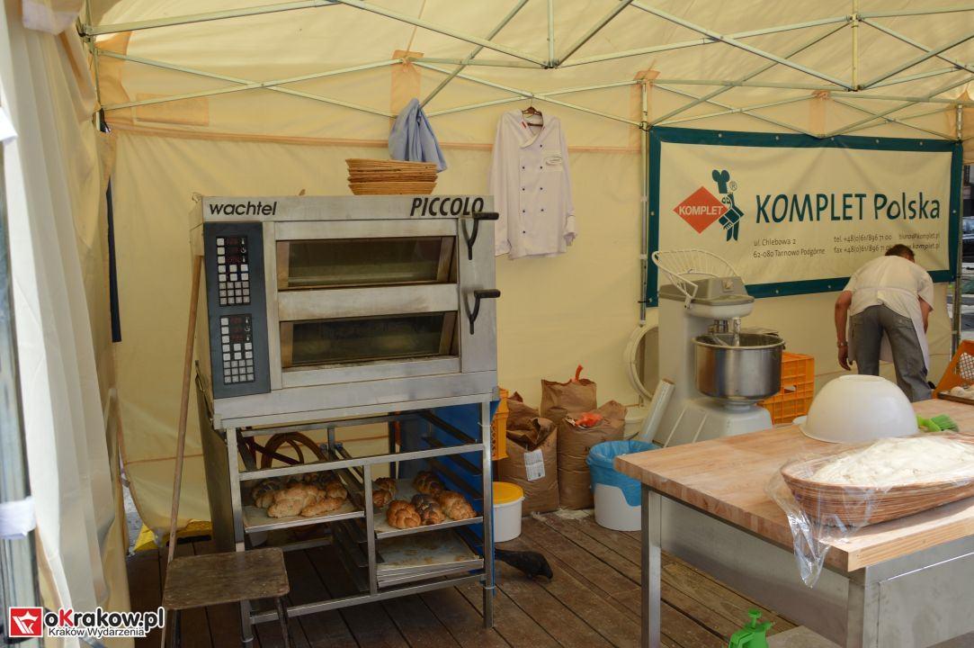 krakow swieto chleba plac wolnica maly rynek krakowski rynek2018 46 150x150 - Foto Galeria Kraków Niedziela 10.06.2018 - Plac Wolnica (Święto Chleba), Mały Rynek, Rynek Główny.