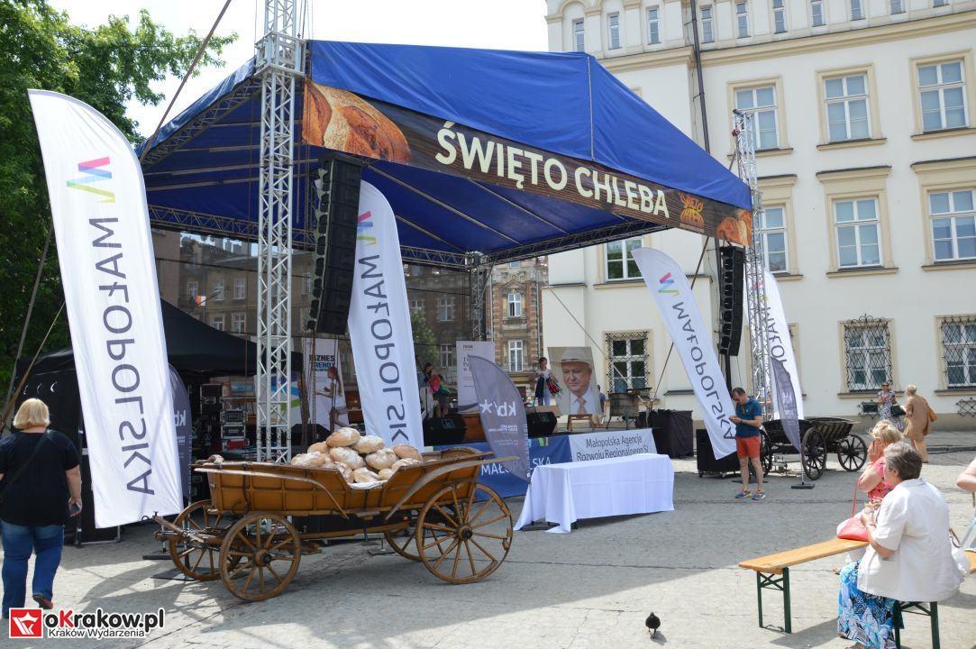 krakow swieto chleba plac wolnica maly rynek krakowski rynek2018 51 150x150 - Foto Galeria Kraków Niedziela 10.06.2018 - Plac Wolnica (Święto Chleba), Mały Rynek, Rynek Główny.