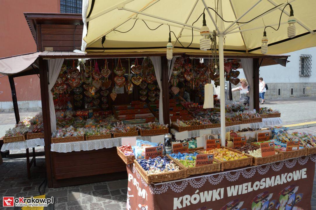 krakow swieto chleba plac wolnica maly rynek krakowski rynek2018 64 150x150 - Foto Galeria Kraków Niedziela 10.06.2018 - Plac Wolnica (Święto Chleba), Mały Rynek, Rynek Główny.