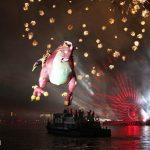 parada smokow pokaz na wisle krakow 2018 47 150x150 - Wielkie Plenerowe Widowisko na Wiśle - Smoki z Dziennika Marco Polo - galeria zdjęć