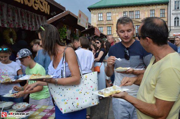 16-festiwal-pierogow-krakow-maly-rynek-niedziela-2018 (42)