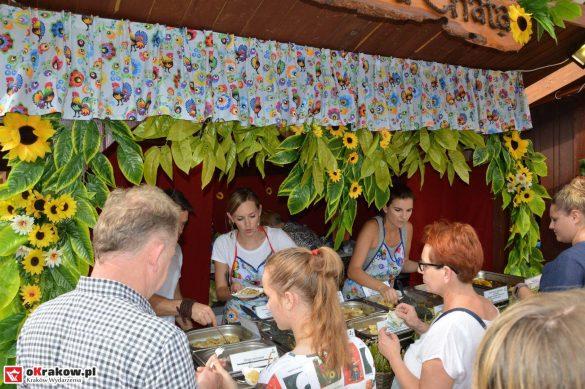 16-festiwal-pierogow-krakow-maly-rynek-niedziela-2018 (6)