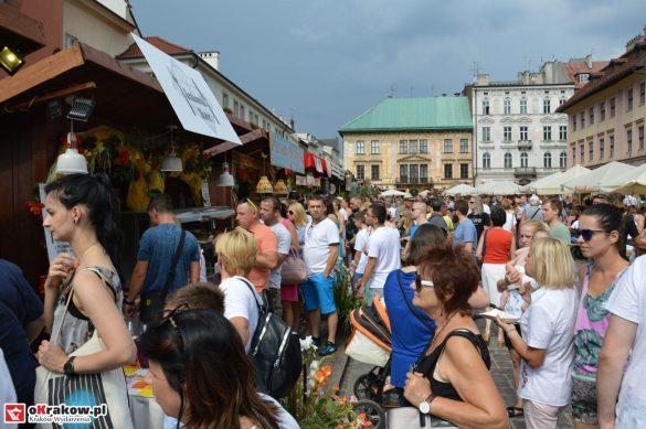 16-festiwal-pierogow-krakow-maly-rynek-niedziela-2018 (7)
