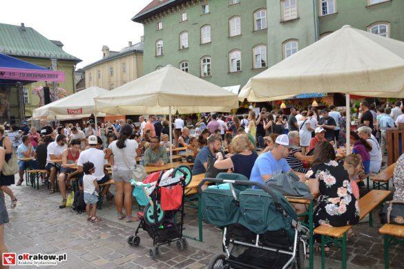 16-festiwal-pierogow-krakow-maly-rynek-niedziela-2018 (70)