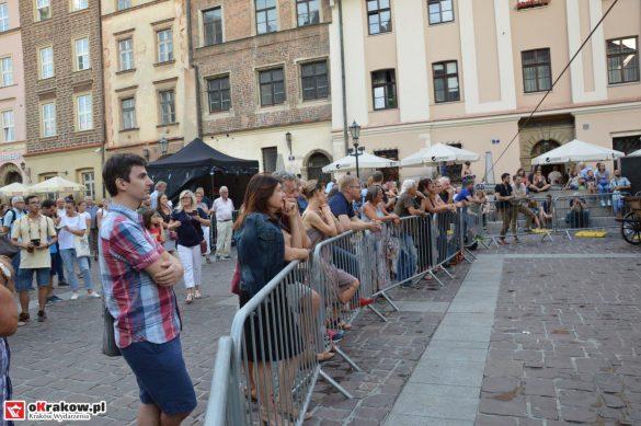 krakow_festiwal_pierogow_maly_rynek_koncert_cheap_tobacco (101)