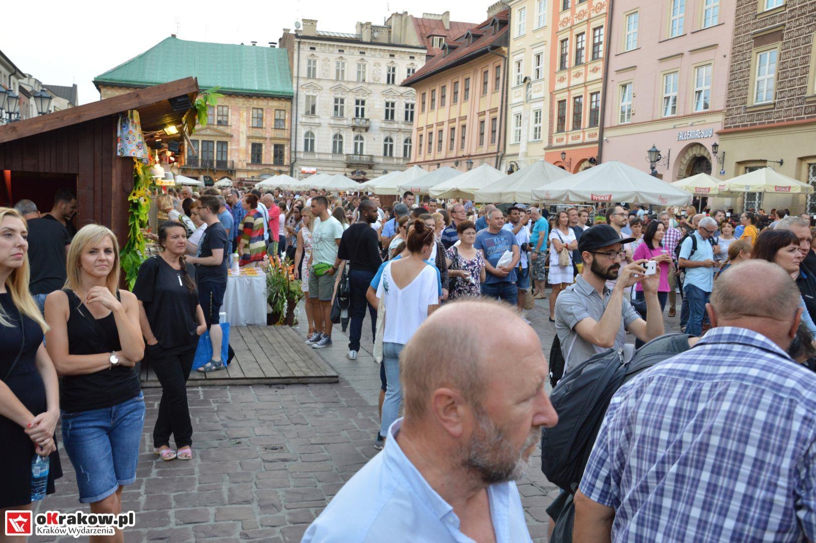 krakow festiwal pierogow maly rynek koncert cheap tobacco 108 150x150 - Galeria zdjęć Festiwal Pierogów Kraków 2018 + zdjęcia z koncertu Cheap Tobacco